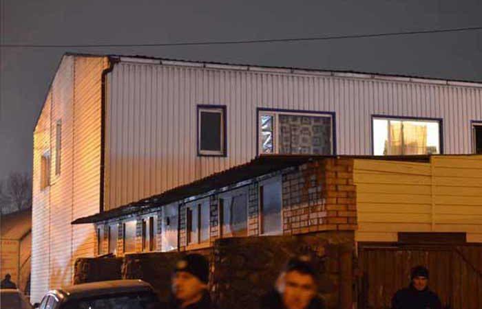 Полиция сообщила детали ночного взрыва в общежитии на Троещине