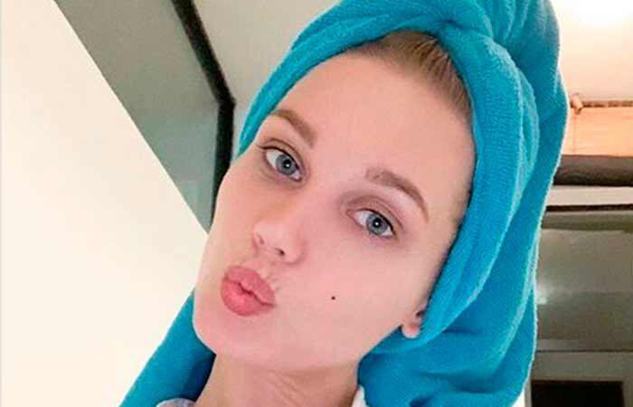 «Банный» кадр без прикрас: Кристина Асмус показала фото без макияжа