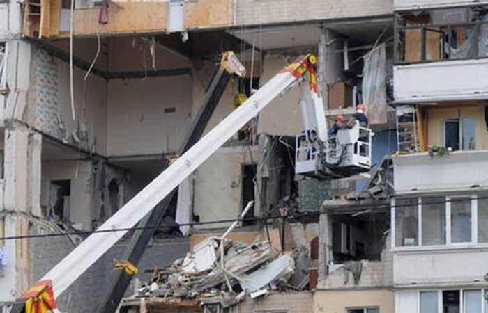Город помогает пострадавшим в результате взрыва на Позняках: уже переселили 45 людей