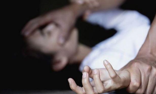 Житель Троещины избил сожительницу