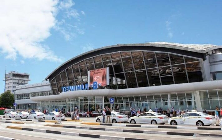 Пограничники задержали в аэропортах Киева двух разыскиваемых преступников
