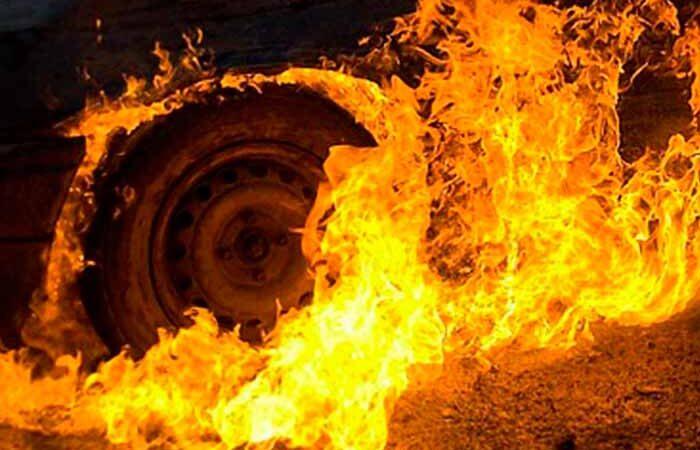 На Троещине загорелся «Москвич»