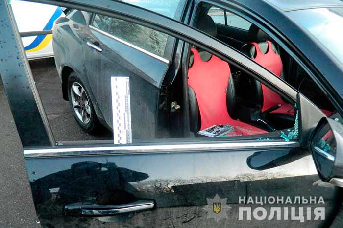 В Киеве полицейские задержали похитителя видеорегистраторов
