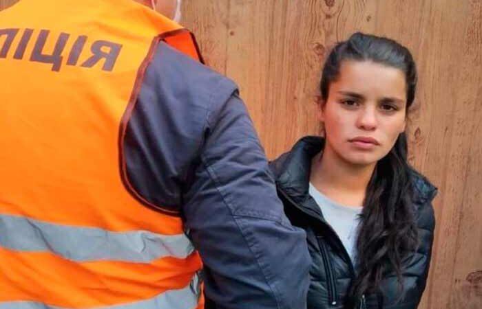 На улицах города Киева орудует банда грабительниц: (ФОТО)