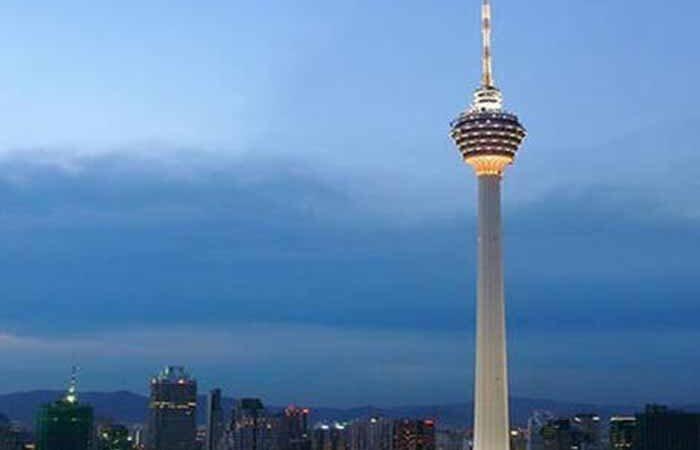 Одну из самых высоких башен мира подсветят в честь Украины