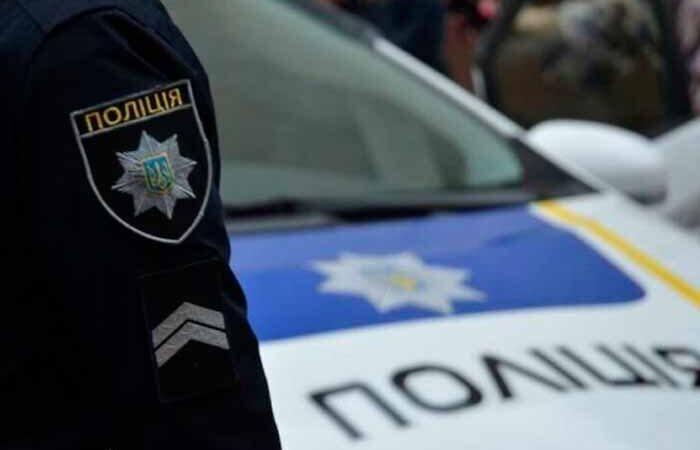 Под Киевом на воздух взлетел автомобиль