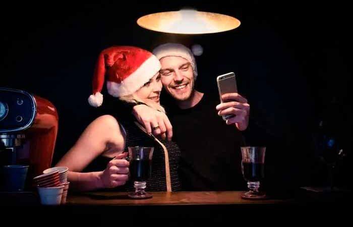 Несколько причин, почему влюбленным стоит отмечать новогодние праздники раздельно