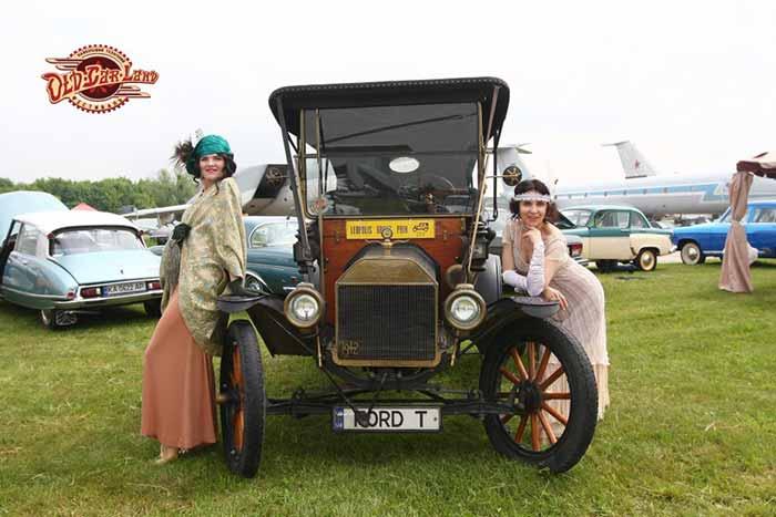 Old Car Land: в Киеве состоялся фестиваль ретро автомобилей (ФОТО)