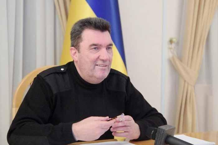 Украина уже ввела санкции против 100 человек из санкционного списка США — Данилов
