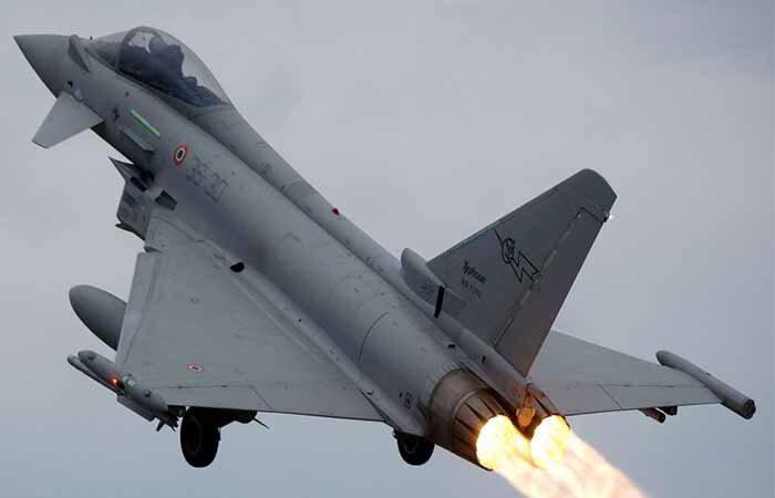 Британский Typhoon объявил чрезвычайную ситуацию во время полета над Шотландией
